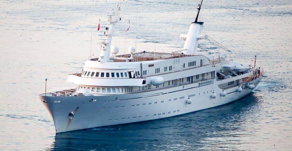 Atlantis 2 superyacht e1629422121229