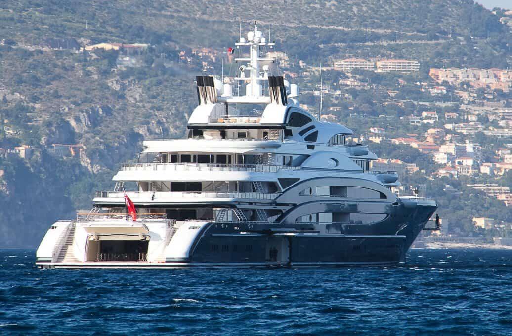 serene yacht e1629436476680