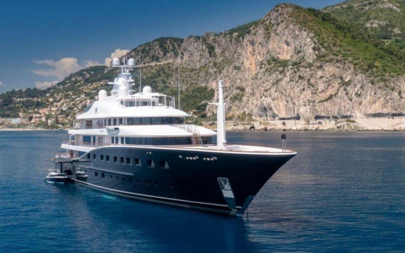 aquila yacht front shot